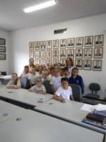 Alunos do 3º ano da Escola Municipal Arlindo Benvenuto  Zimmermann visitam a Câmara